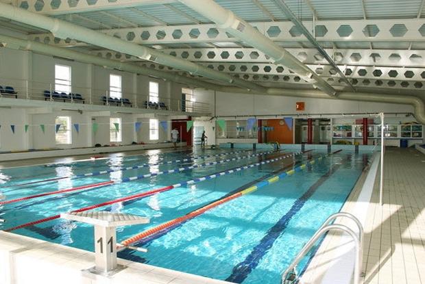 Coberta para piscina piscina coberta piscina time lapse for Piscina coberta